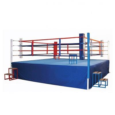 Ринг боксерский соревновательный на помосте